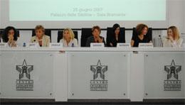 TV locale e rappresentazione di genere La rappresentazione femminile nelle emittenti televisive lombarde